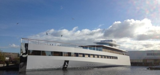 Steve_jobs_yacht