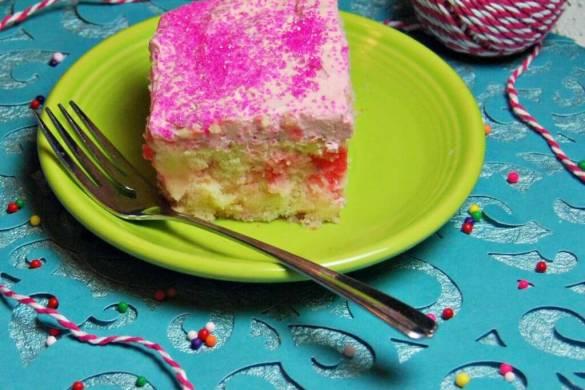 bubble-gum-poke-cake-5
