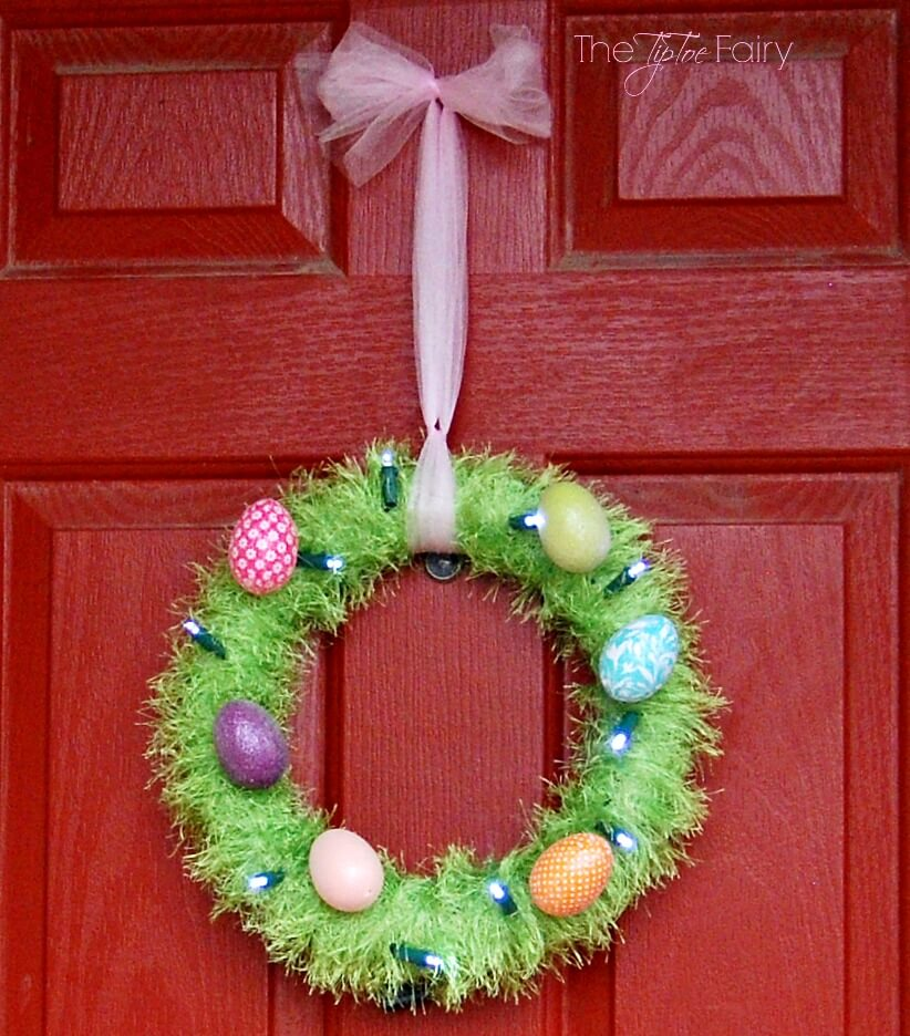 Make an Easter Egg Wreath and upcycle some old Christmas Lights | The TipToe Fairy #BringingInnovation #Ad