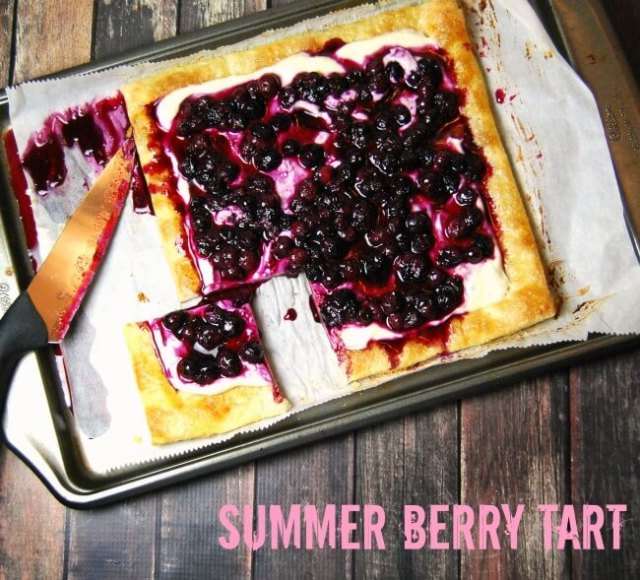 Easy Summer Berry Tart - puff pastry, vanilla bean cream cheese, and a quick blueberry compote make this a fast and delicious recipe! | The TipToe Fairy #CBSCrew