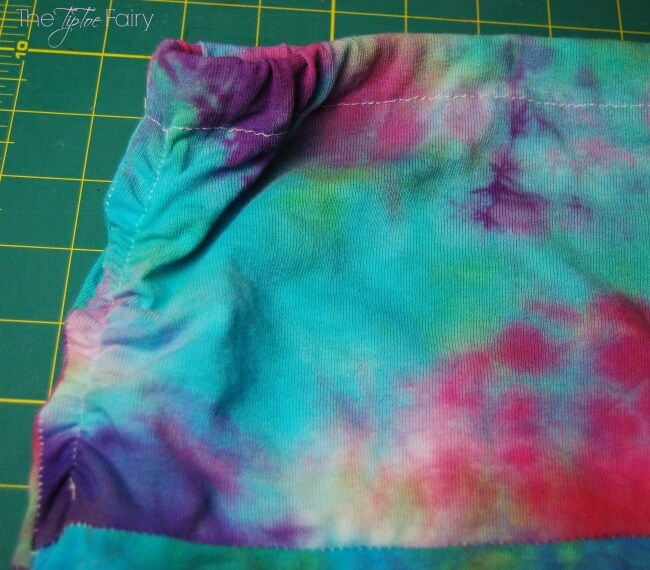 Learn Low Water Immersion Technique with this tutorial and make an upcycle tie dyed maxi skirt!   The TipToe Fairy   #TieDyeYourSummer @ilovetocreate