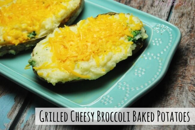 Grilled Cheesy Broccoli Baked Potatoes with @VELVEETA @LiquidGold. Perfect for a barbecue side dish! #LiquidGold5 #ad | The TipToe Fairy