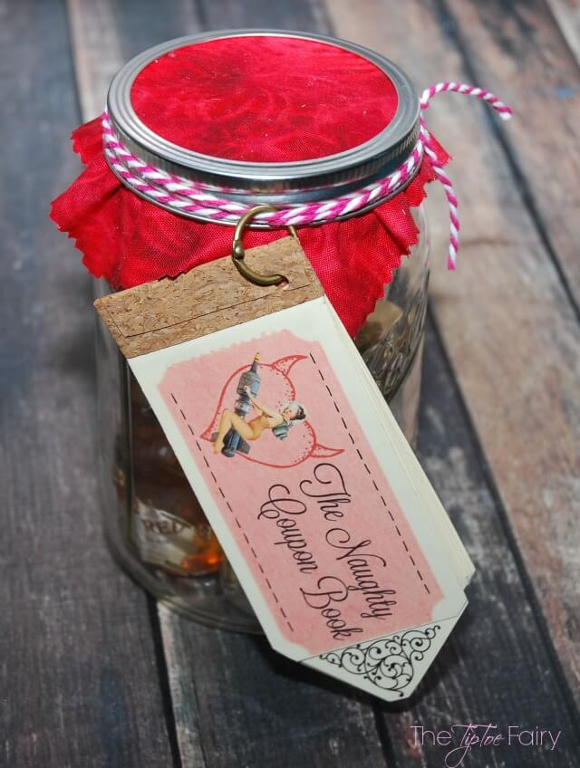 #DIY Naughty Coupon Book for Valentine's Day #valentinesday #printable