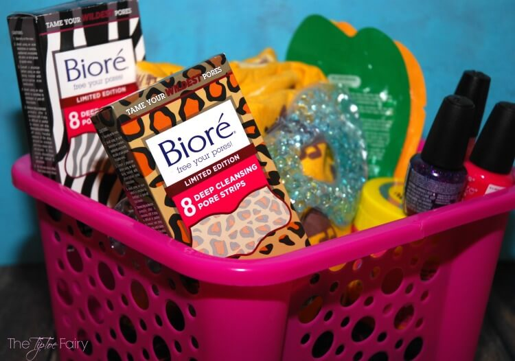 Make a fun DIY Spa Kit with your teen daughter with #FiercelyCleanPores & @BioreUS AD
