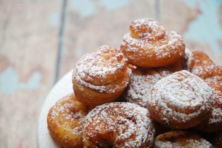 Turn refrigerator cinnamon rolls into #donuts! #yum #food #foodie