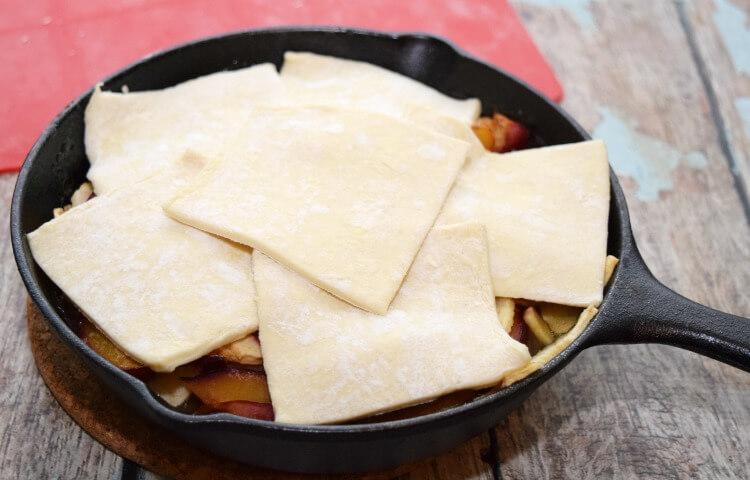 Make this scrumptious Apple Plum Skillet Cobbler for #dessert tonight! #SoFabSeasons