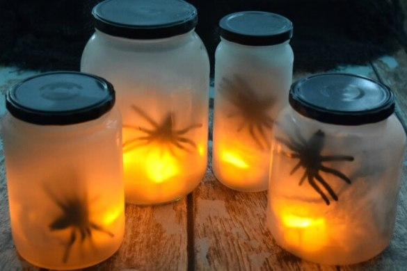 flickering-spider-lights-5