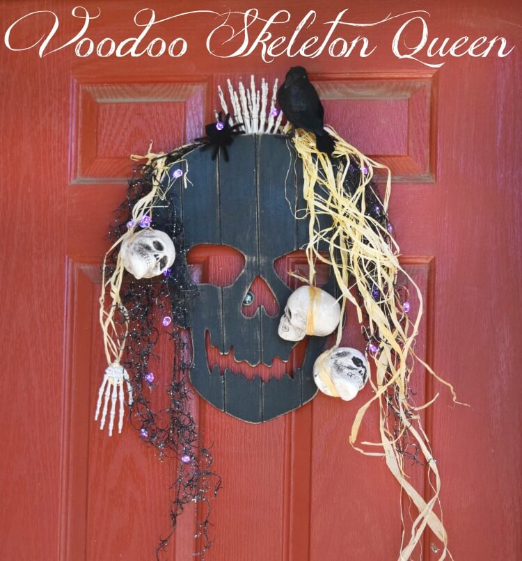 Make a #DIY Voodoo Skeleton Queen for your front door this #halloween! #craft