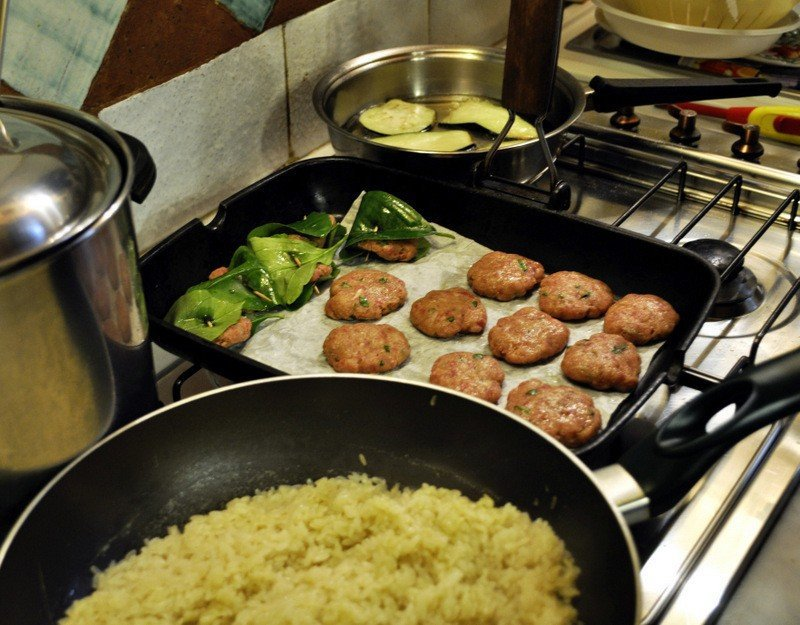 Cooking the Pilaf Rice and Meatballs