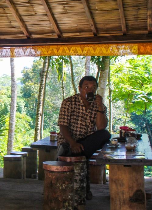 Coffee time at Bali coffee plantation