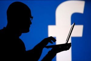 How to spy Facebook messages without access to target phone