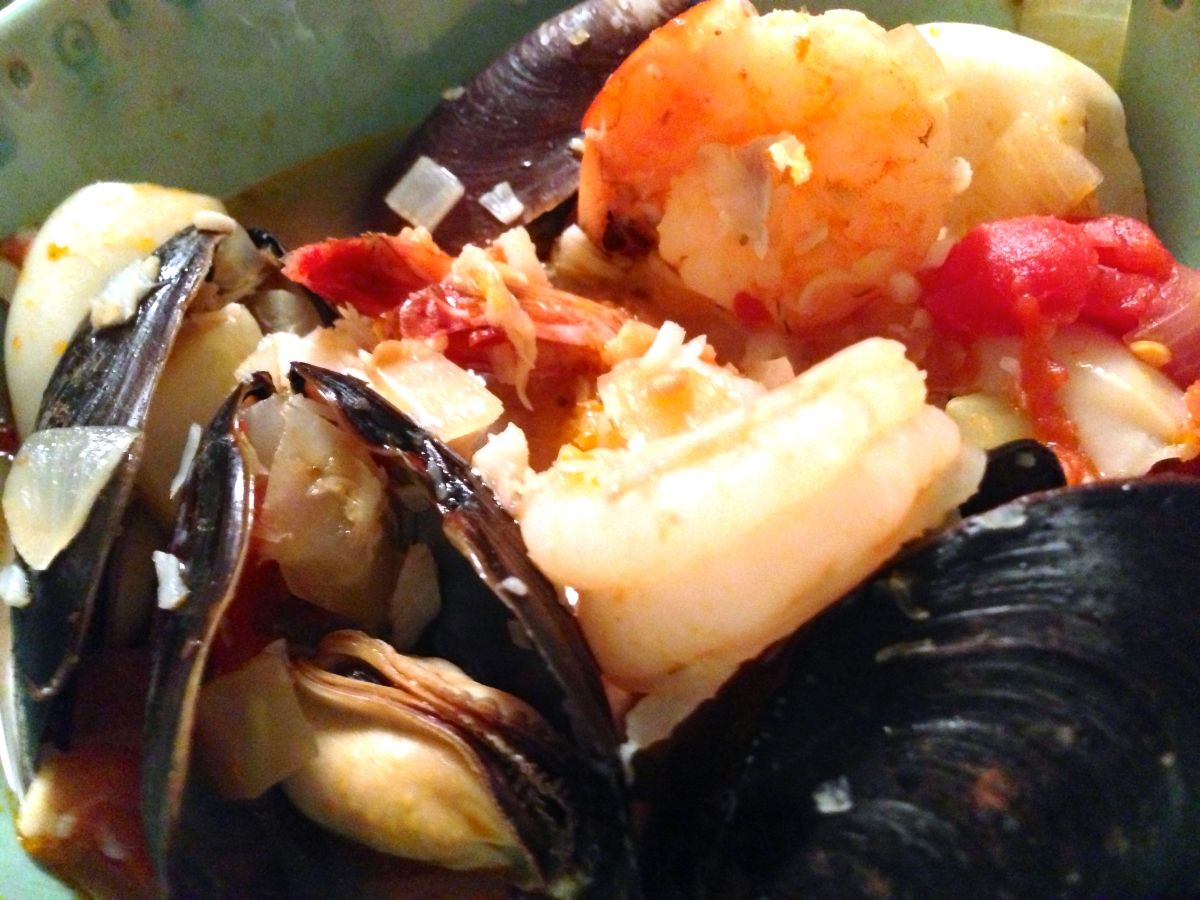cioppino, closeup