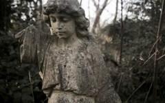 Nunhead Angel by fotologic cementery halloween 2016 london