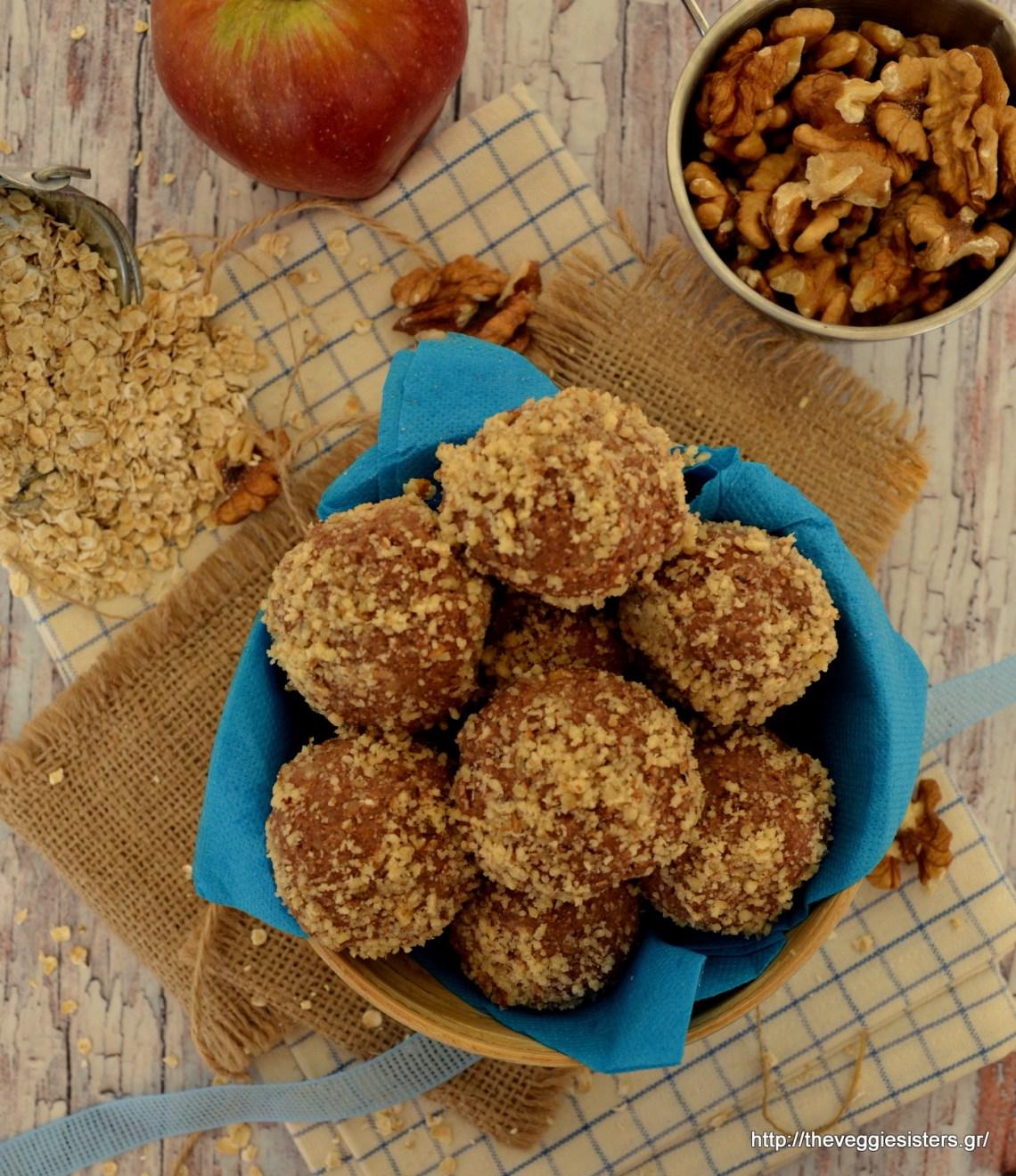 Σοκολατένια τρουφάκια βρώμης με μήλο κ καρύδι