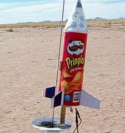 Top 10 Uses for Empty Pringles Tubes