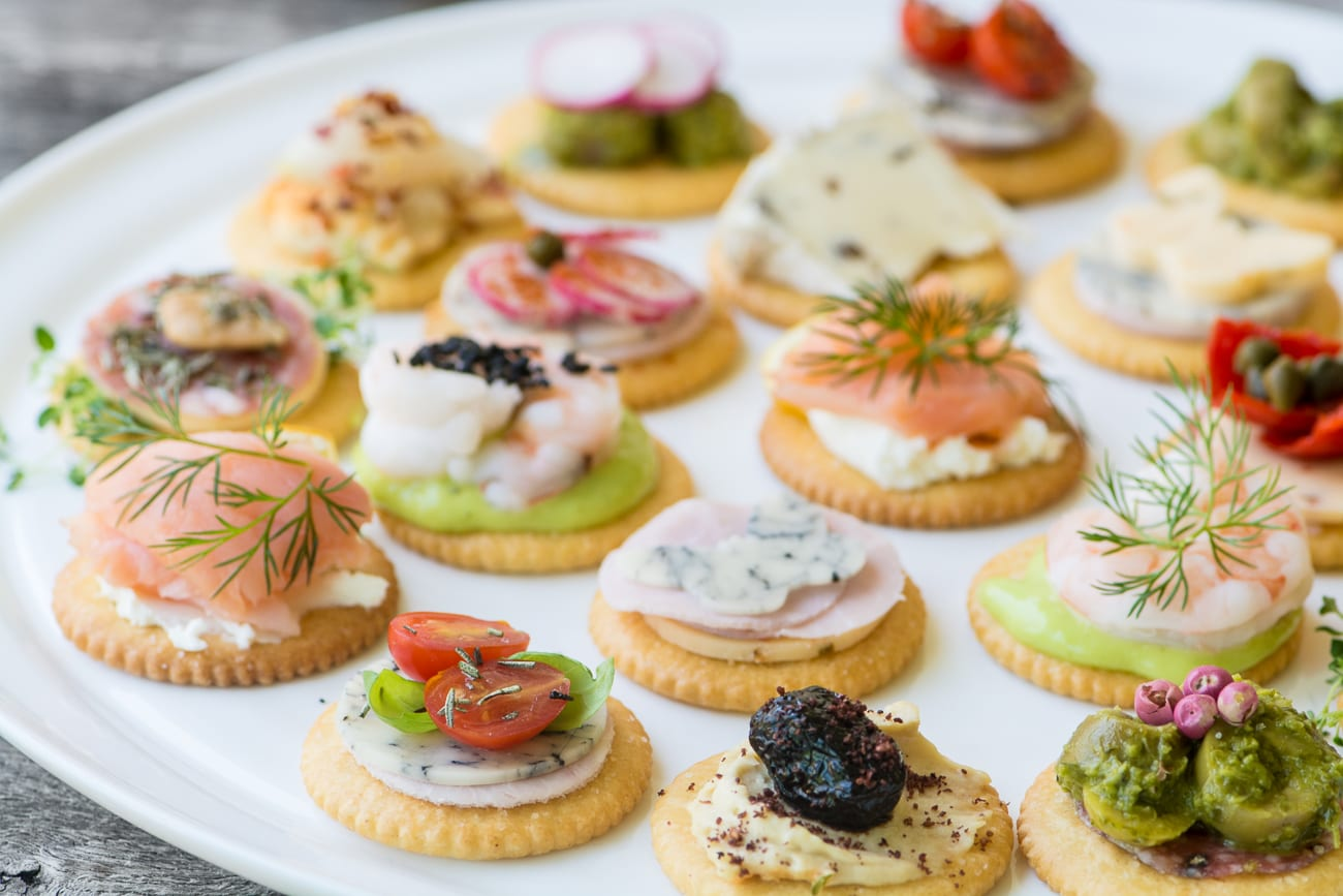Canape L Easy Ritz Cracker Canapés (video) | The View From Great Island