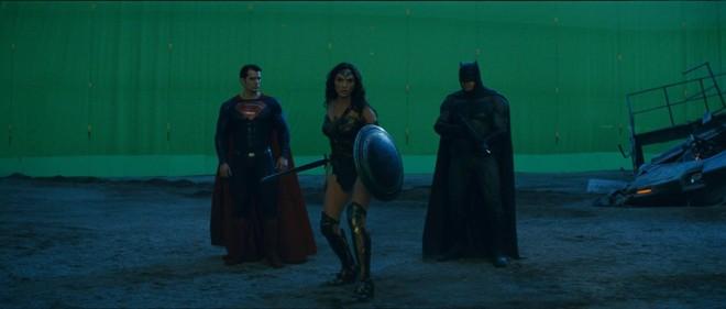 chroma batman superman wonder woman