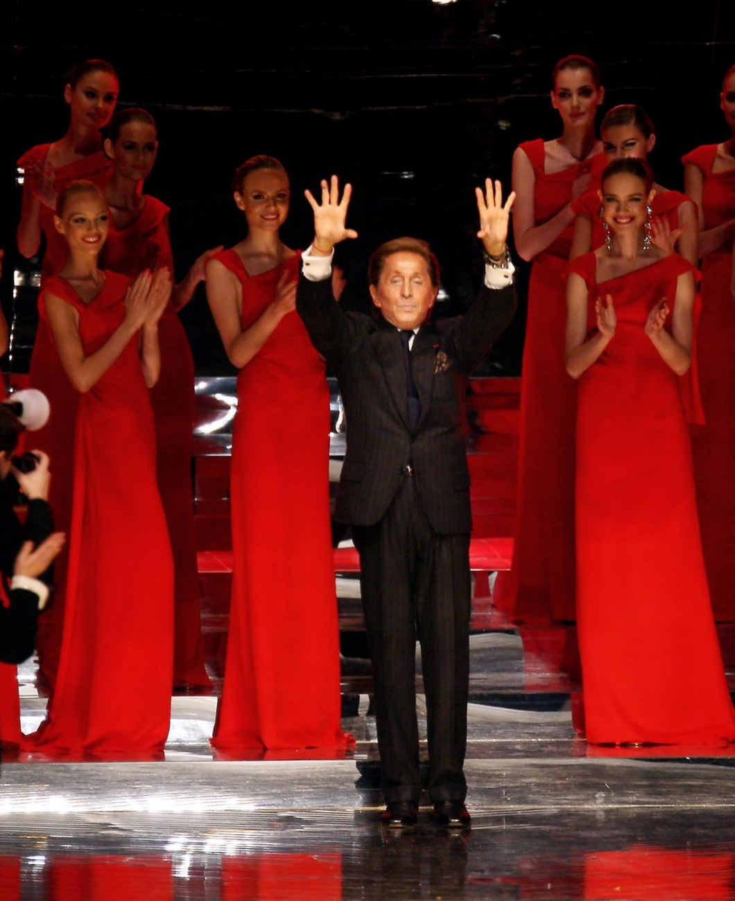 Dsign Valentino Qatar Royal Family Acquires Iconic Italian Fashion House