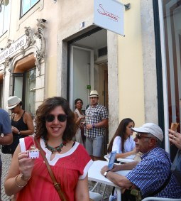 The iconic Santini's gelato in the Chiado.