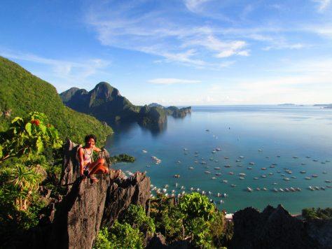 Summit of Taraw Cliff in El Nido - Backpacking Palawan