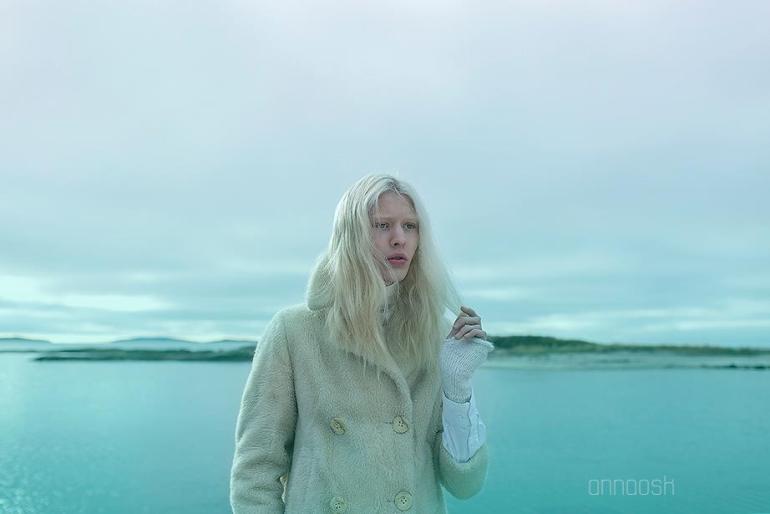 Model: Olof Källström, Nisch Managment, Clothing: Klädoteket, Make up: Annica Gerber, Hair: Ari Koponen, Assistant: Eva Svenberg ©Anna Ósk Erlingsdóttir All rights