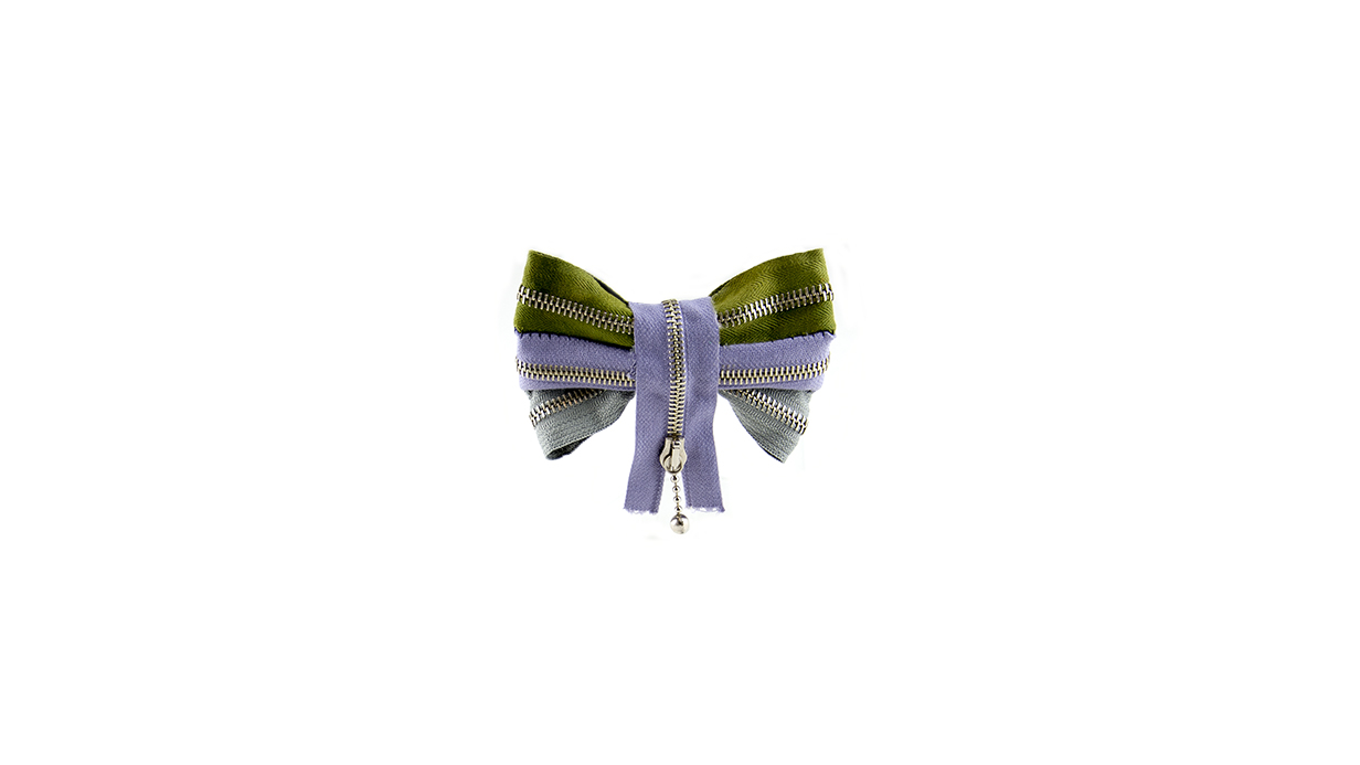 16-zipper-bow