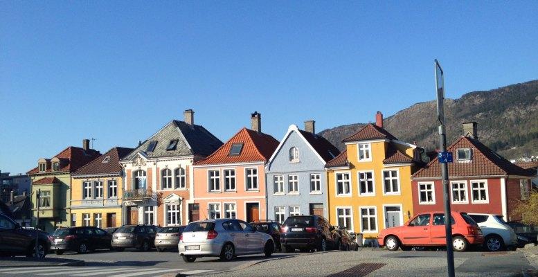 colorful-bergen-street