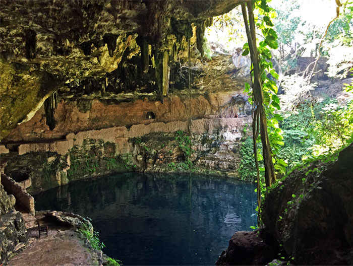 Cenote Zaci, Weekend Getaway: Valladolid, Yucatán, Mexico | TheWeekendJetsetter.com