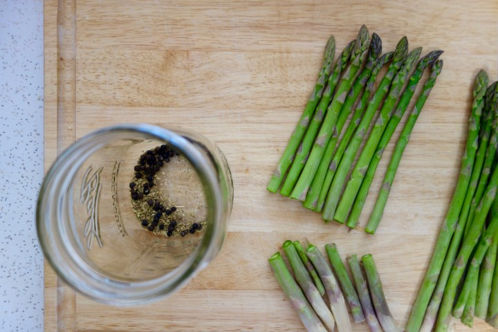 pickled-asparagus