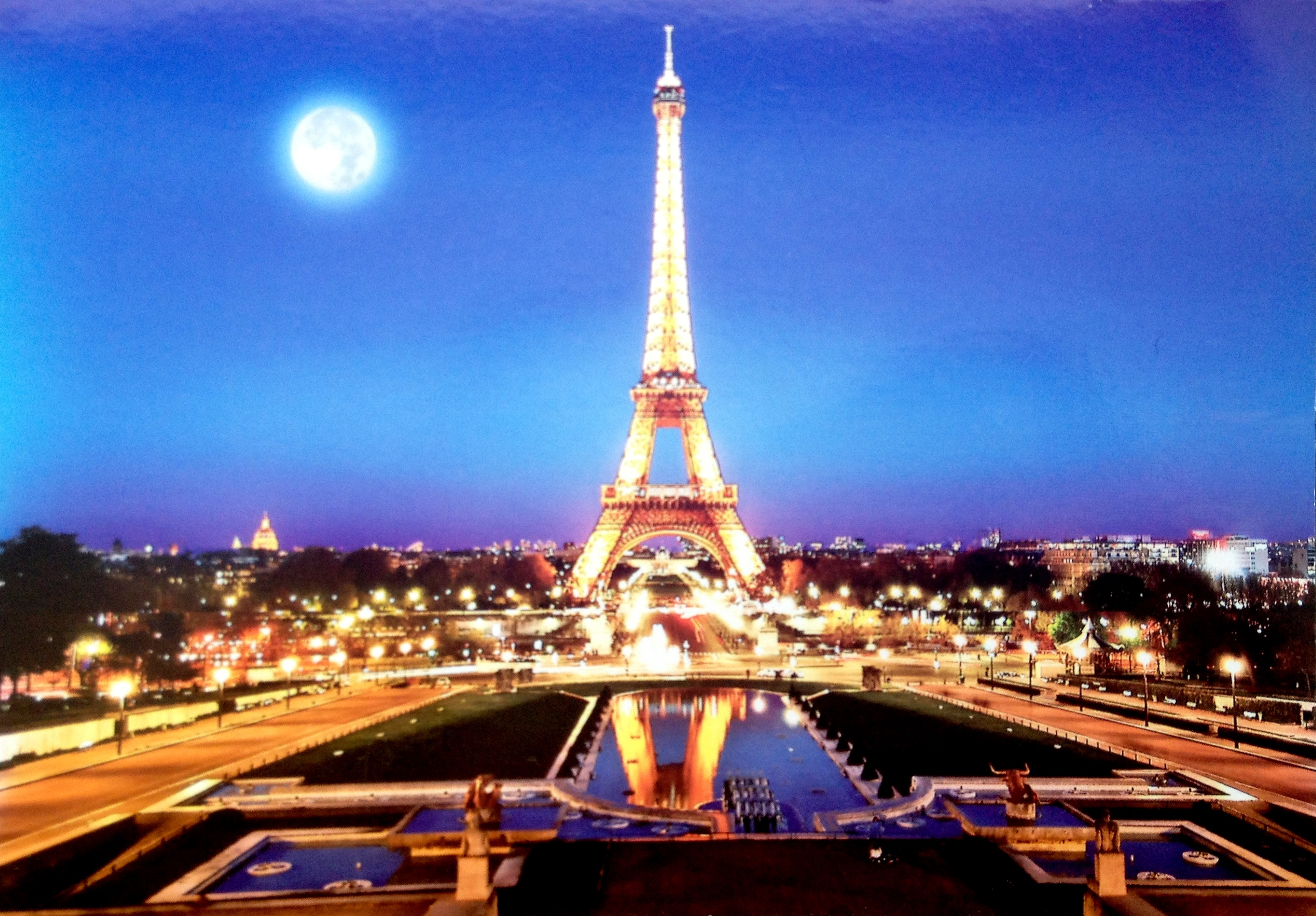 First Love Wallpapers Quotes Postcard Of The Week The Eiffel Tower At Night The Well
