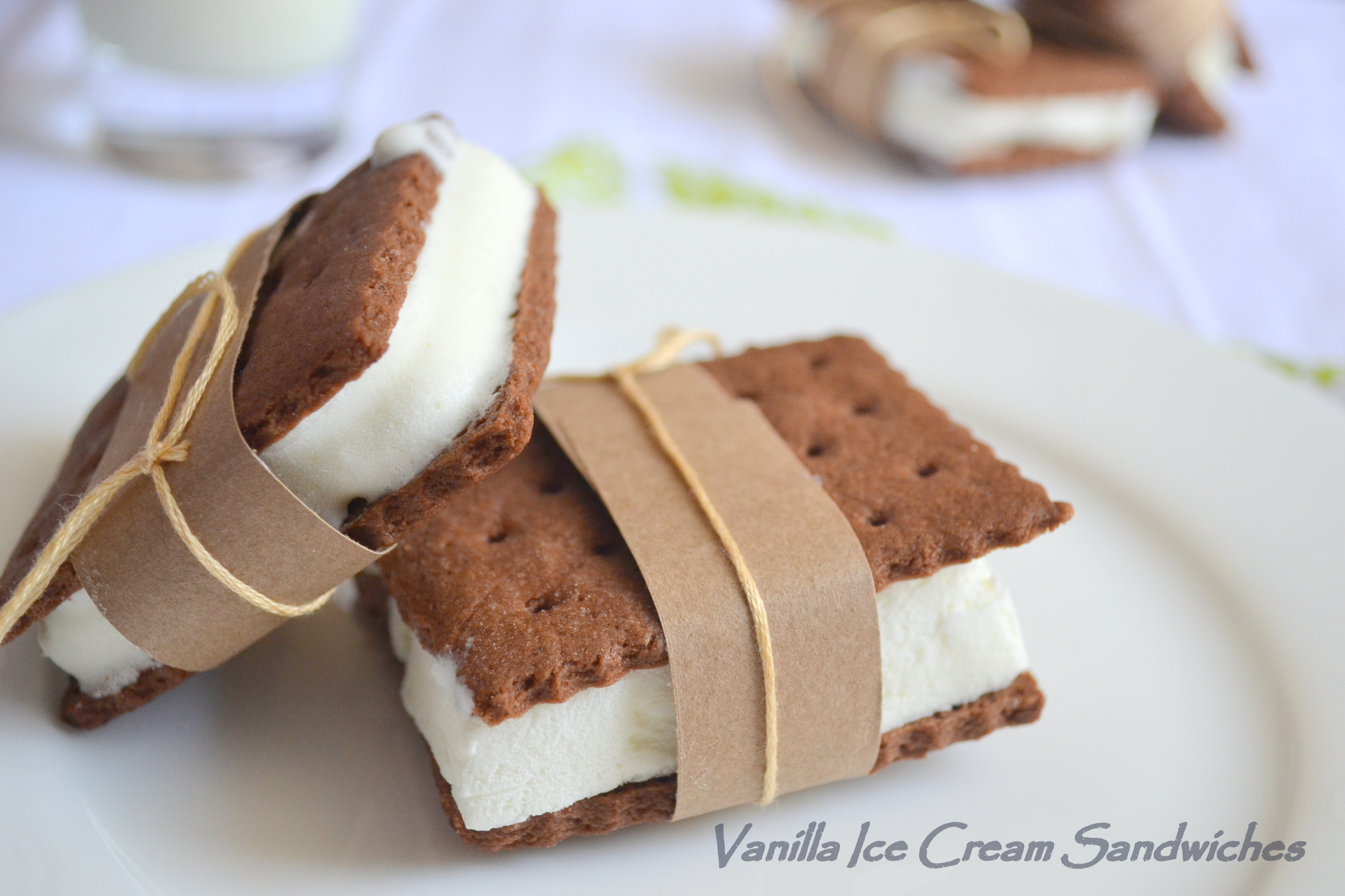 Vanilla Ice Cream Sandwiches - The White Ramekins