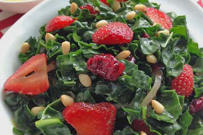 Straberry-Kale-Salad1