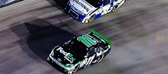 denny hamlin outlasts carl edwards during key point of nascar race at bristol NASCAR Power Rankings: Jimmie Johnson Expands Lead