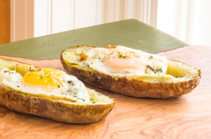 Breakfast Egg Stuffed Potato Skins