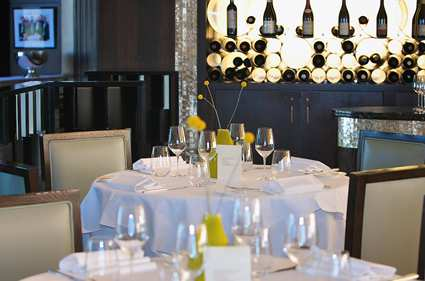 lonhitw_london_hilton_on_park_lane_gallery_restaurants_galvinrest17_large