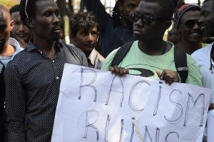 African students in India demonstrate against racist violence.