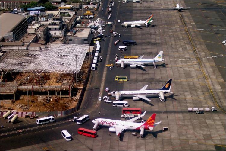Mumbai airport. Credit: Wikimedia Commons