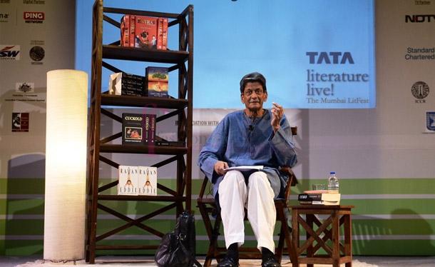 Writer Kiran Nagarkar received the Tata Literature Live! Lifetime Achievement Award 2015. Credit: Twitter