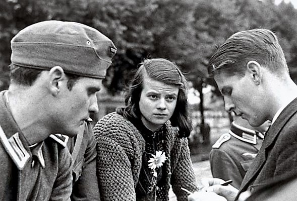 Hans Scholl, Sophie Scholl & Christophe Probst - January 1943
