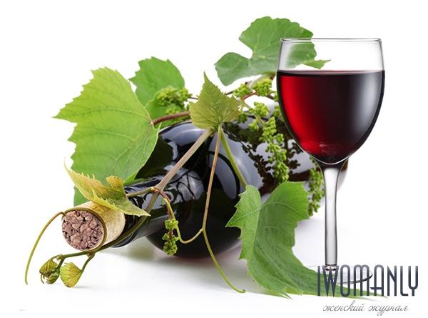 Вино из чёрной смородины в домашних условиях