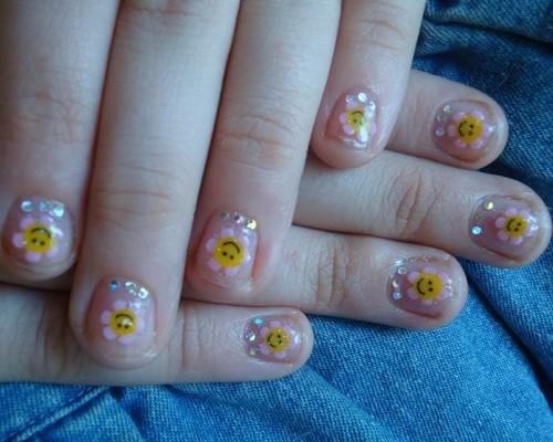 Дизайн на коротких нігтях