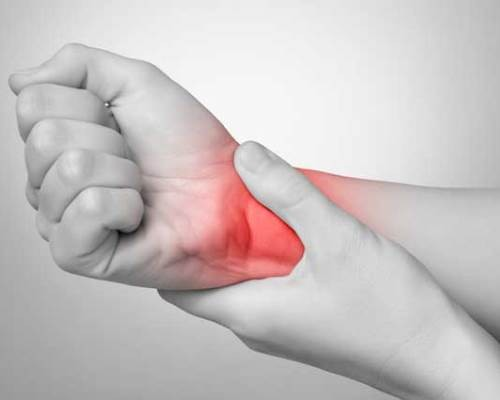 боль в суставах пальцев левой руки