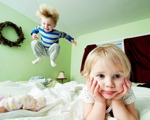 Ребенок в год гиперактивный