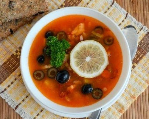 sup-soljanka-recept-prigotovlenija-v-domashnih-2_1