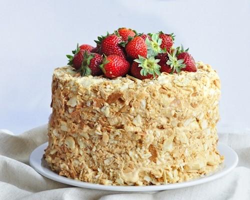 Как сделать тесто для торта? Рецепт бисквитного, песочного, слоеного, заварного, медового теста для тортов и коржей