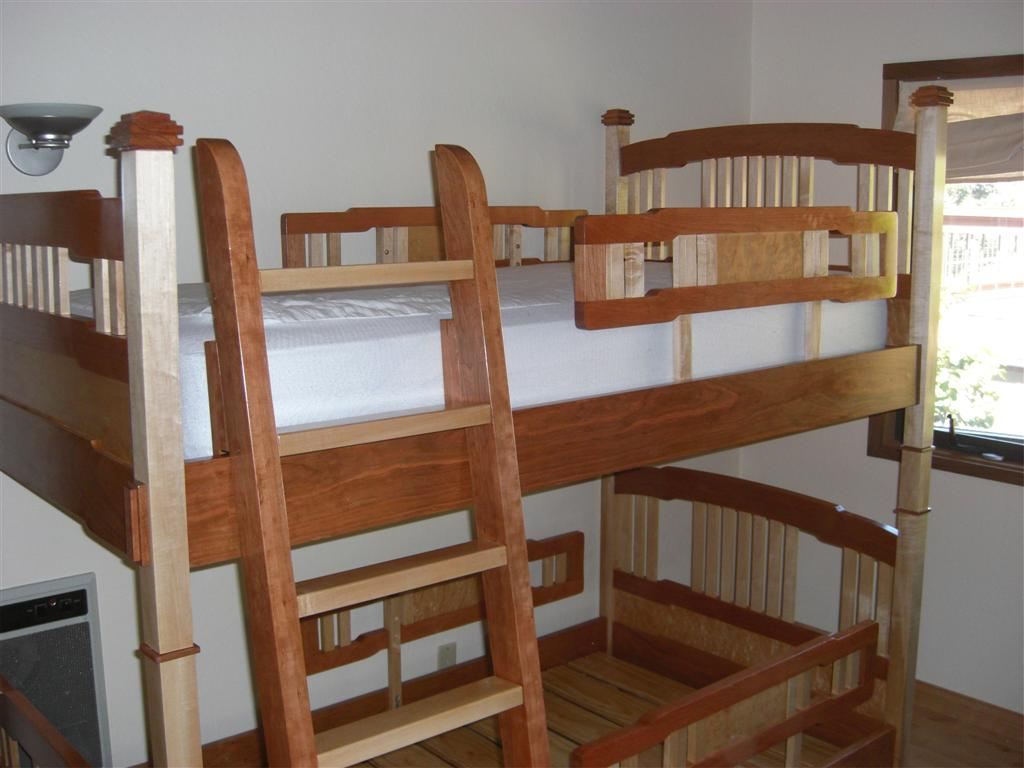 Awesome Loft Beds Awesome Bunk Bed Project Of The Week The Wood Whisperer