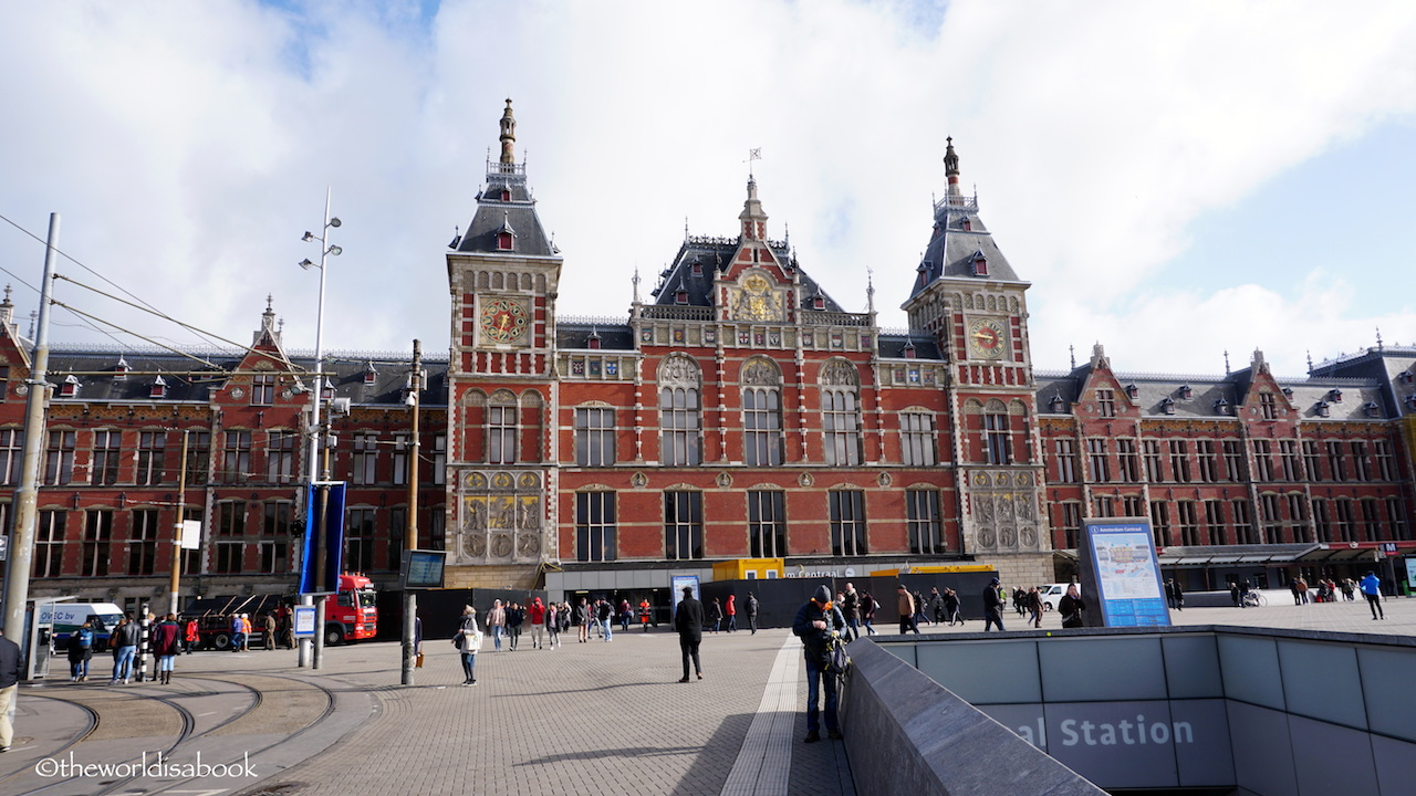 Keuken Amsterdam Centraal Going On An Amsterdam Canal Cruise Tour The World Is A Book
