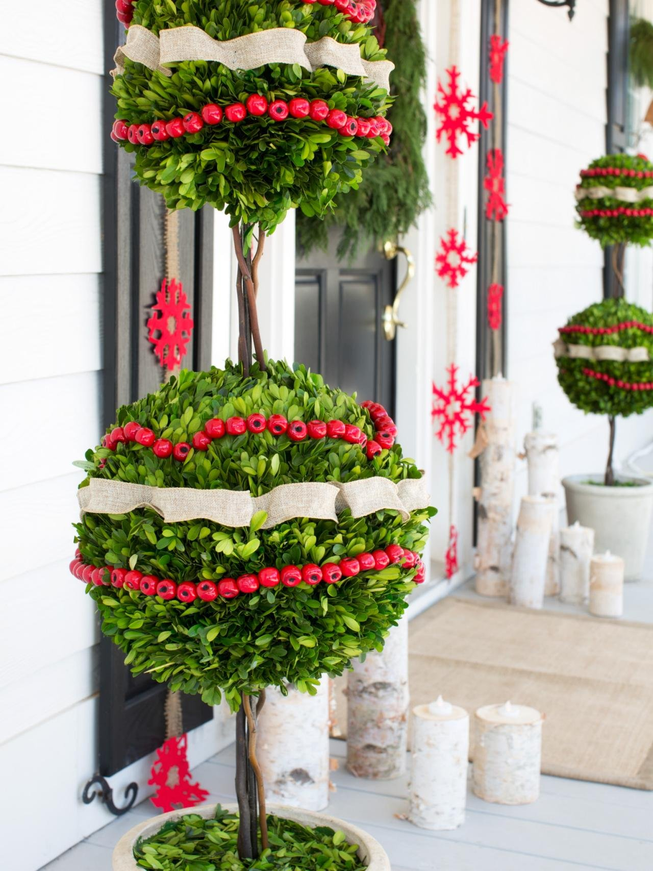 Outdoor Wall Christmas Decorations 30 Best Outdoor Christmas Decorations Ideas