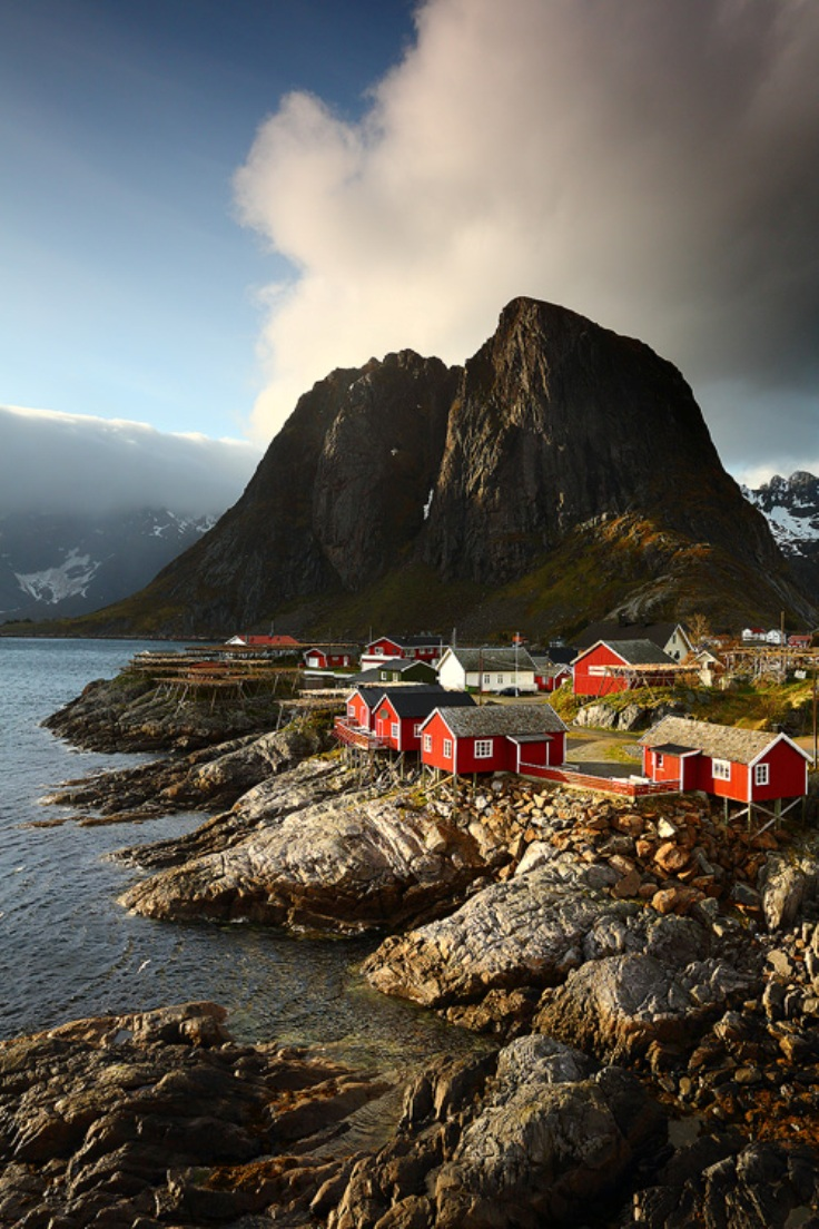 Tuxedo Wallpaper Hd Travel Norway S Scandinavian Fishing Village