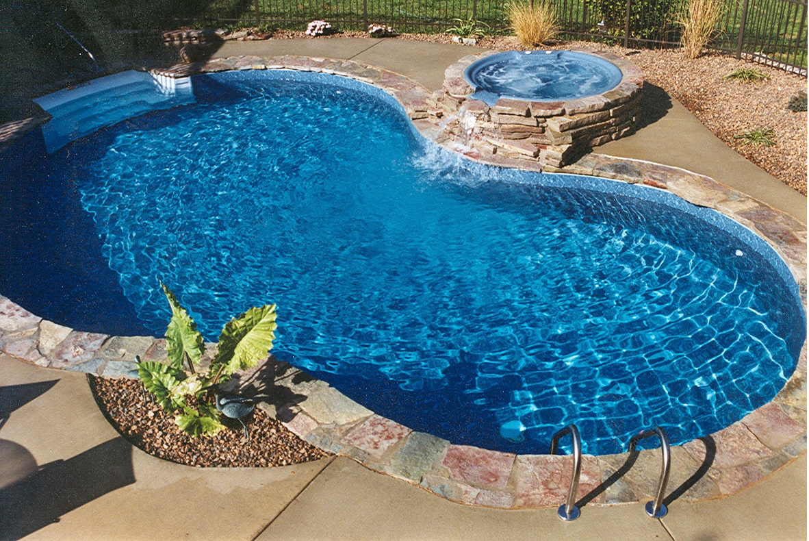 Jacuzzi Or Pool Pump 33 Jacuzzi Pools For Your Home